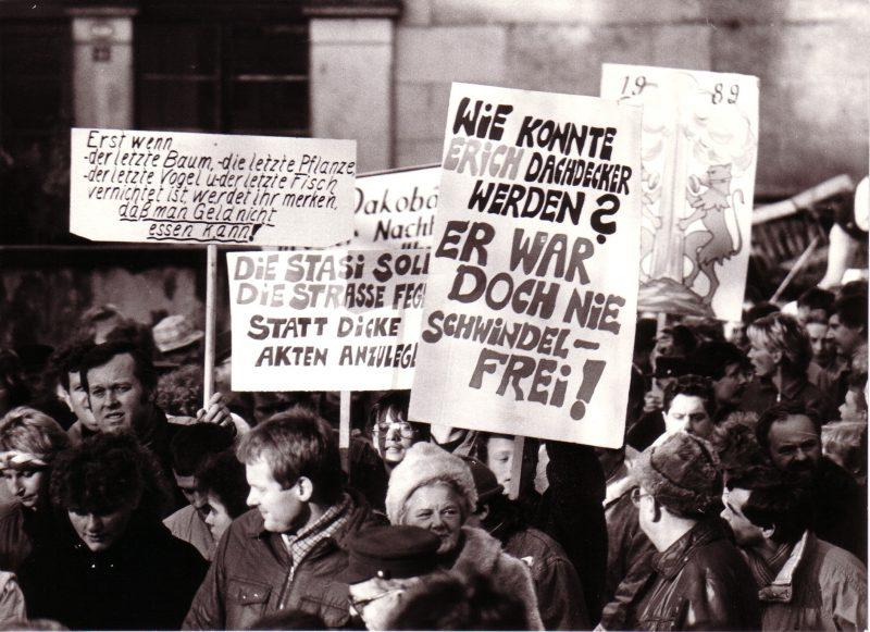 Foto von einer Demo in Pirna. (C) Klaus Zantke – DDR, Neues Forum, Pirna, Bündnis 90 Die Grünen