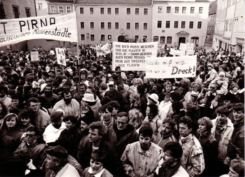 Ein Foto aus den beschriebenen Zeiten. (C) Klaus Zantke – Friedliche Revolution 1989 Pirna Neues Forum Grüne