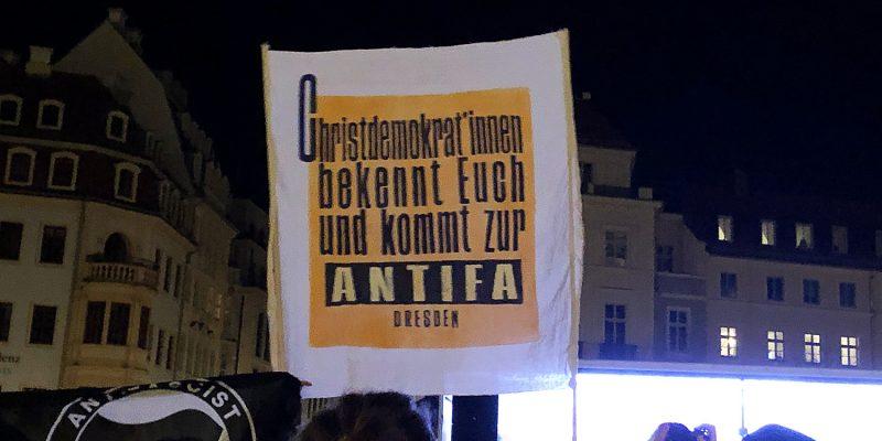 Aufruf an die Christdemokrat*innen von der CDU, sich endlich antifaschistisch zu bekennen und aktiv gegen Faschisten zu agieren.