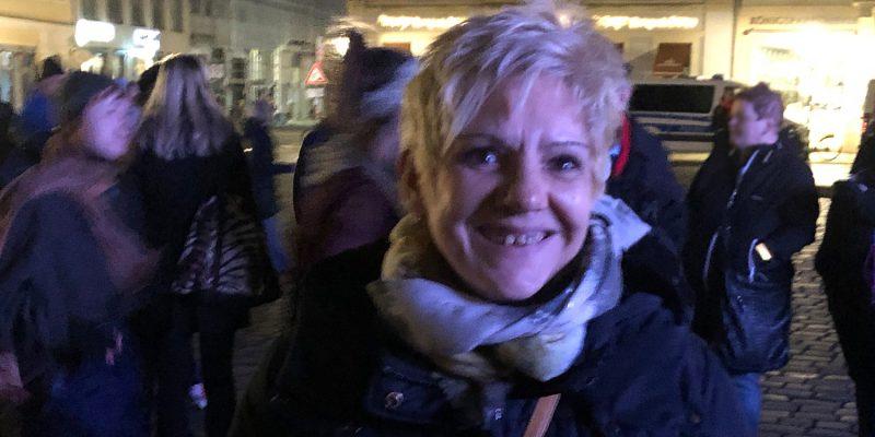 Ines Kummer, Mitglied des Landtags in Sachsen. Wir trafen sie gegen Ende der Veranstaltung und unterhielten uns auch danach noch weiter.